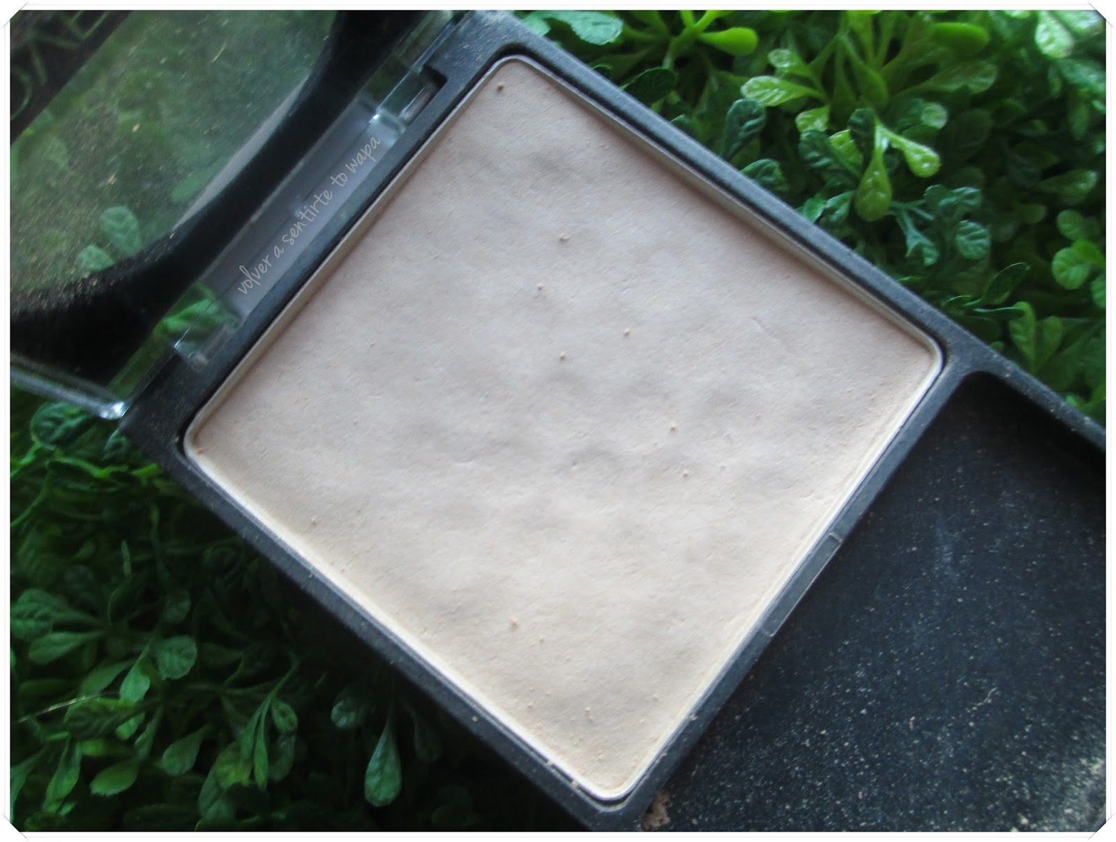 Coverall Pressed Powder deWet n' Wild