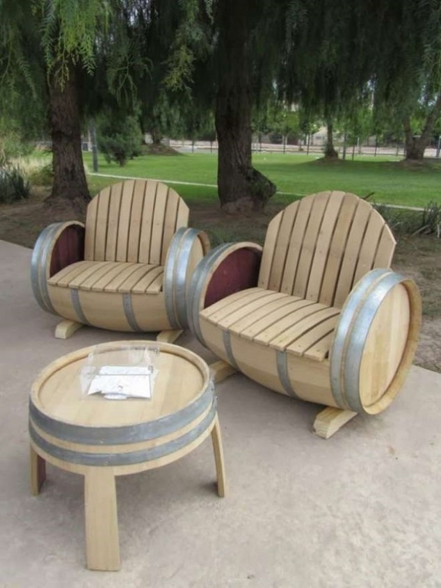 Backyard Theater Seating Ideas : 18 Best DIY Outside Seating Ideas  Do it yourself ideas and projects
