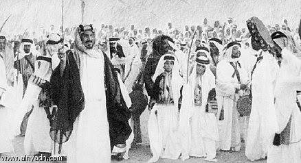 Ka'bah, Abraj Al-Bait dan Protes Kaum Sufi