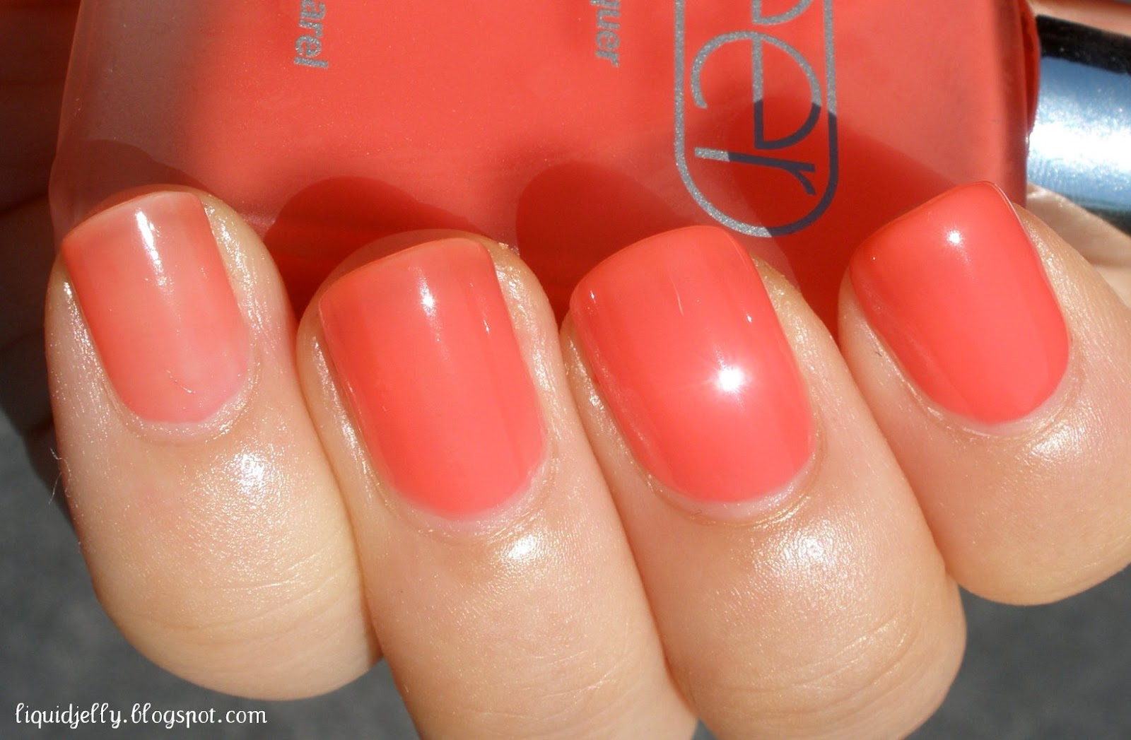 Liquid Jelly: American Apparel Sheer Nail Polish Swatches