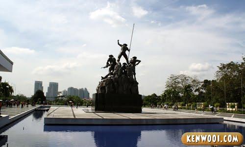 malaysia monument