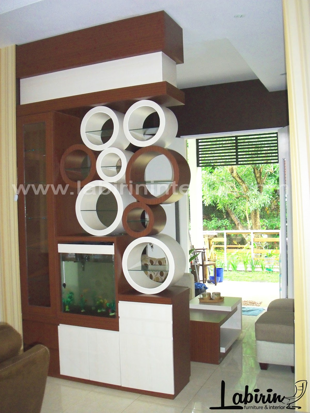 PARTISI 2 SISI SOFA SET COFFE TABLE BAPAK ZULFIKAR