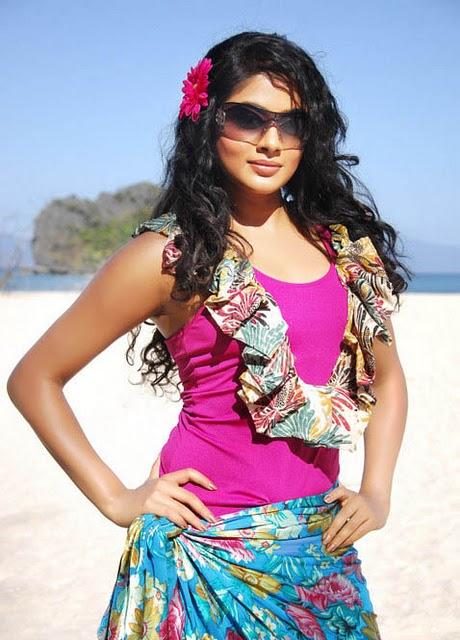 http://3.bp.blogspot.com/-3-Hzfm5t7lU/TbpQvrEcHSI/AAAAAAAAHt4/AAn-9gJ73J0/s1600/recent%2B%2BBikini%2B%2Bpriyamani%2Bphotos-0042_Indian%2BMasala_01indianmasala.blogspot.com-0034Indian%2BMasala_01indianmasala.blogspot.com.jpg