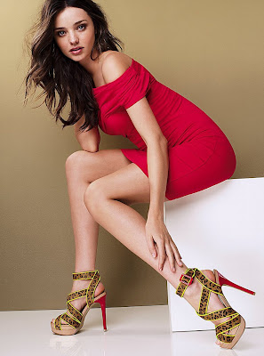 Miranda Kerr looks hot in Victoria's Secret Photoshoot 2012