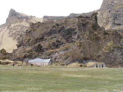 Pestera Rutshellir, Islanda