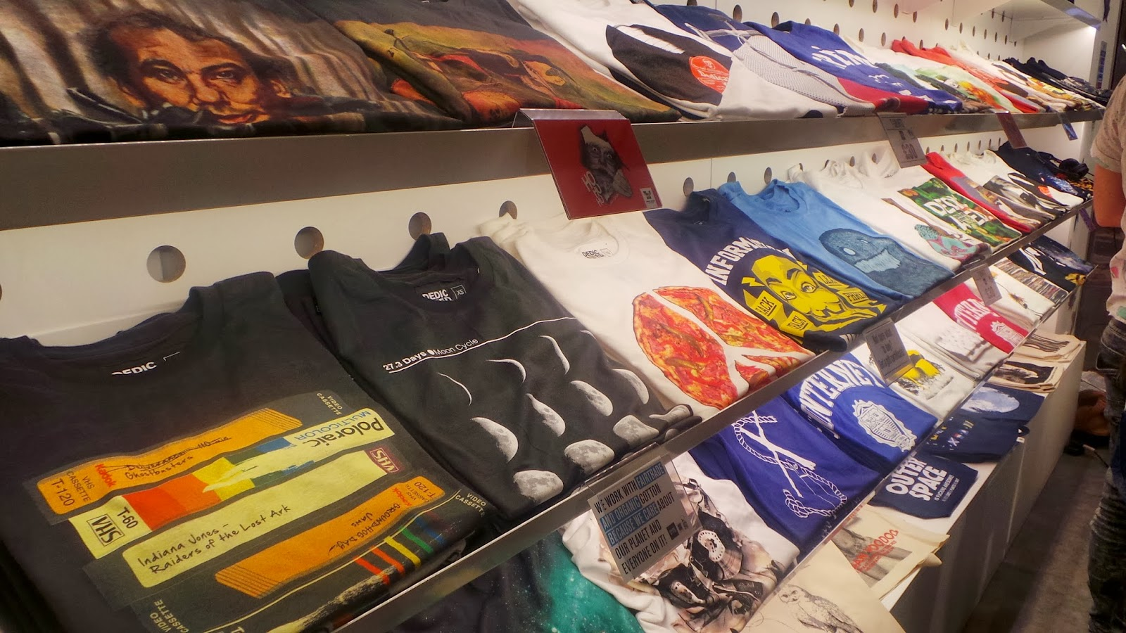 Adventures in Tea and Cake: T Shirt Store, Leeds Trinity