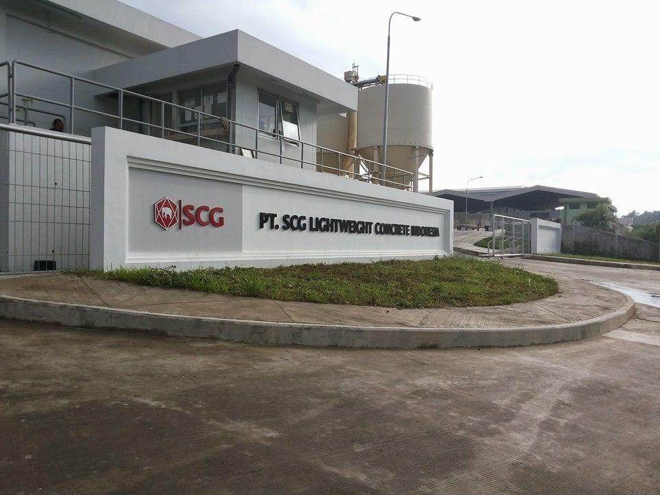 "<img src=""Image URL"" title=""PT. SCG Lightweight Concrete Indonesia"" alt=""PT. SCG""/>"