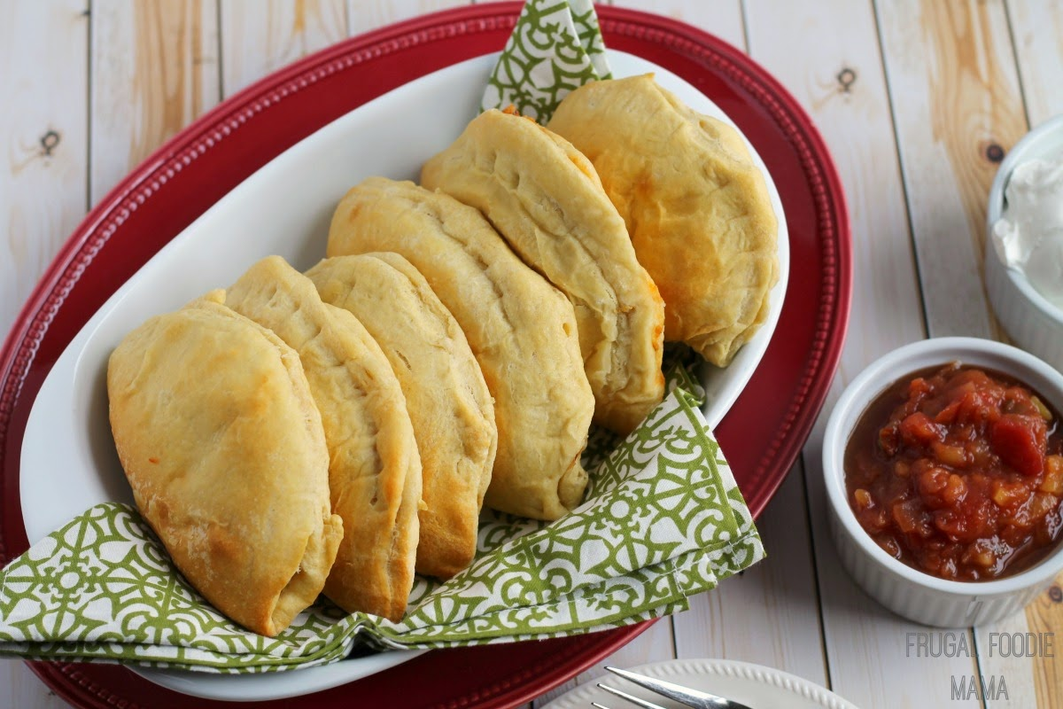 Easy Chile Relleno Empanads- these flaky pockets filled with chiles, black beans, brown rice, cheese, and diced tomatoes take just 4 ingredients and 30 minutes to make! #bocaessentials #CleverGirls