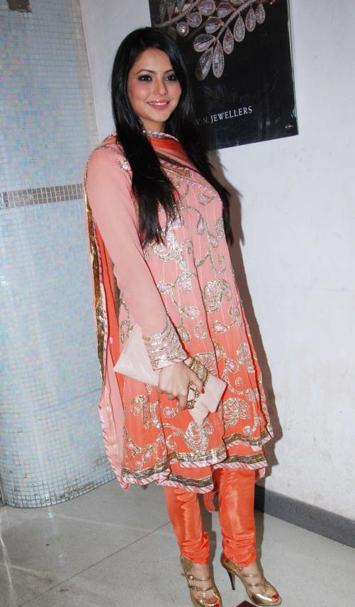 Aamna Sharif  in Orange Suit1 - Aamna Sharif at Gaurav Sheth&#39;s Party