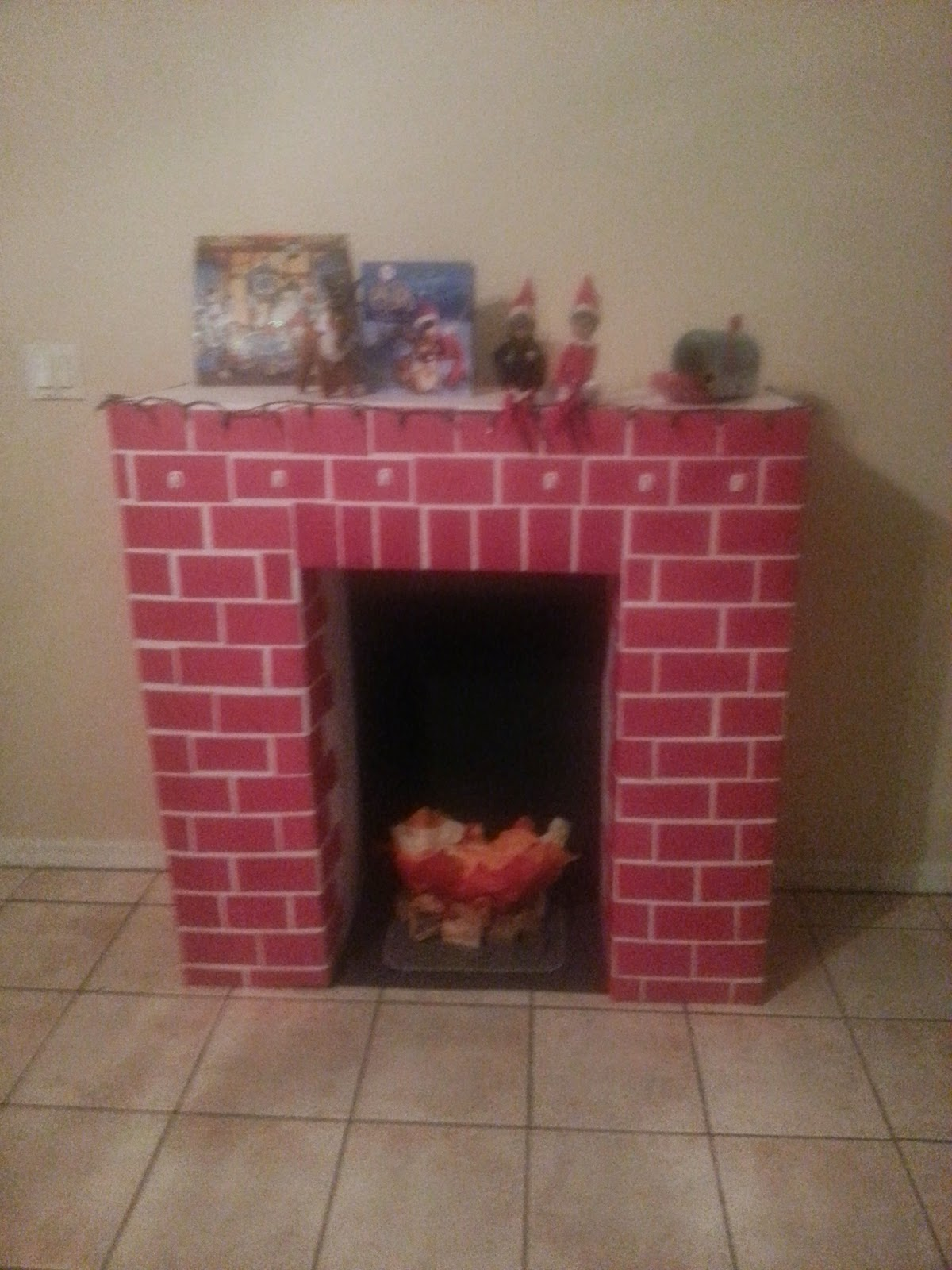 Elf On the Shelf Poems and craft ideas!: Elf Pet and Fireplace......
