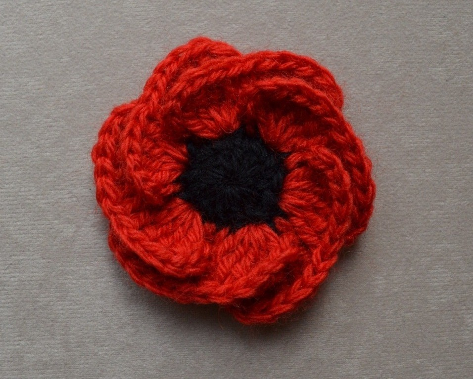 Knitting Pattern For A Remembrance Poppy : Lupey Loops: Poppies Shaping Up