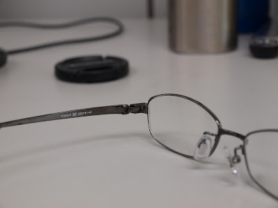 蔡司(Zeiss)雅薄白色鏡片+Carlsson 全鈦鏡架