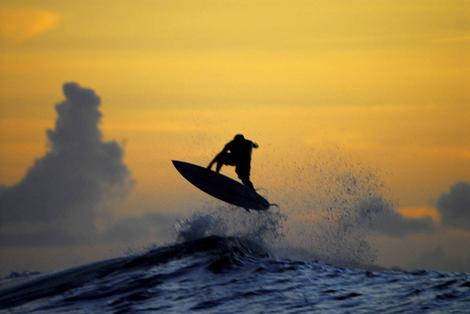 surfing wallpaper