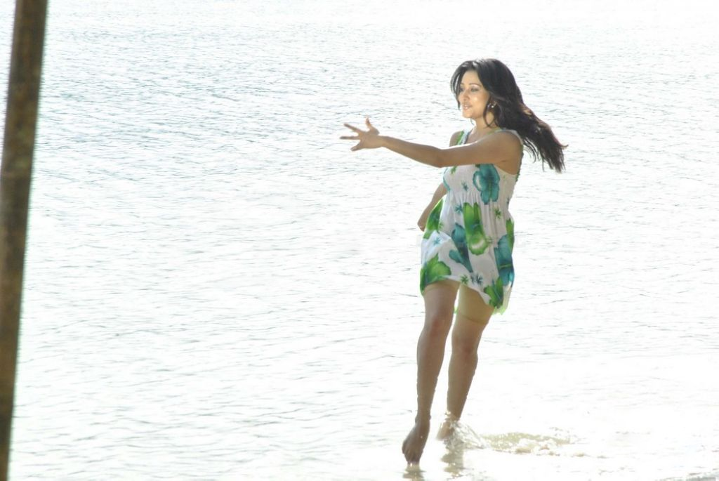 Bikini Movie Photos Anitha Aha Naa Pellanta. Friday, April 15, 2011