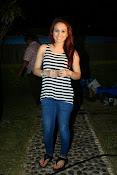 Aksha latest glamorous photos-thumbnail-6