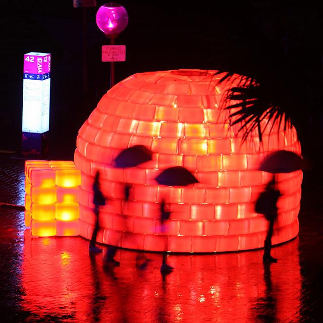 vivid sydney festival 2012 igloo