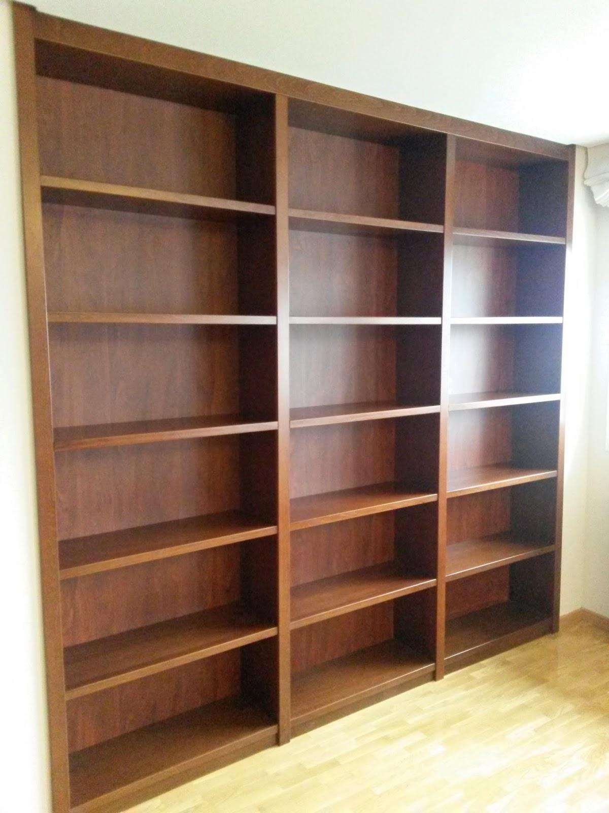 Muebles a medida libreria a medida barnizada en tono nogal - Librerias a medida ...