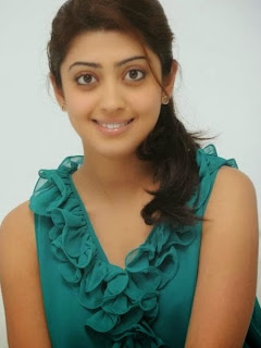 South Indian Beauty Pranitha on a cool looks  (7).jpg