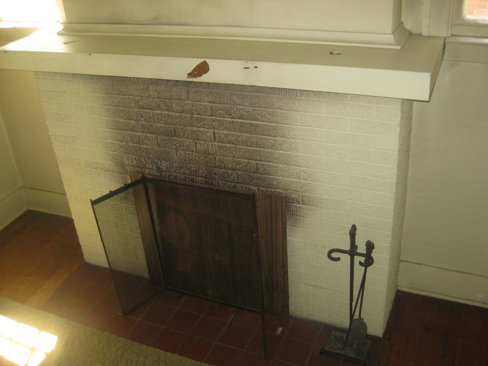 Fireplace Decorating A Not So Open Fire The Benefits Of Glass