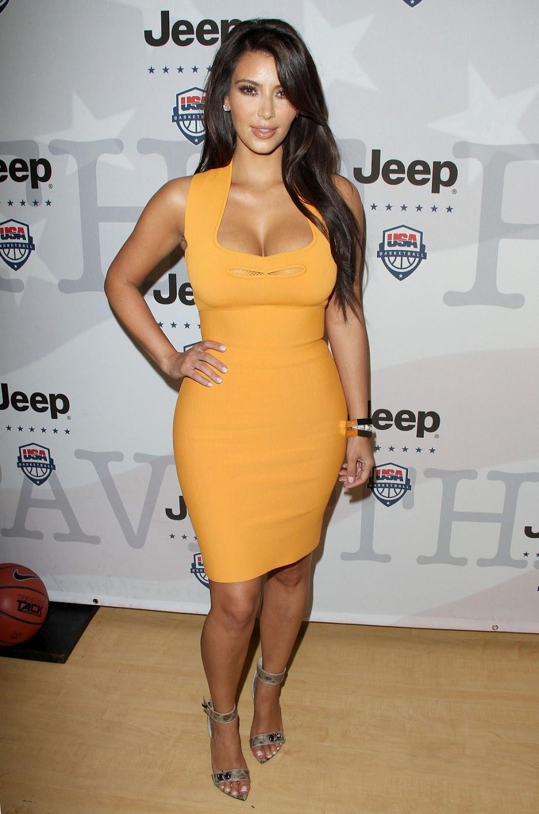 http://3.bp.blogspot.com/-31AHFZtqxYE/T5WgZr660aI/AAAAAAAAH74/FVXm_D76QVI/s1600/Kim-Kardashian-Power-Foward-Partnership-Event-1.jpg