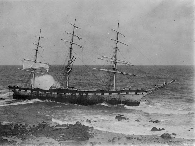 Shows ship aground Allan Green 1878-1954 photographer ca. 1900-ca. 1954