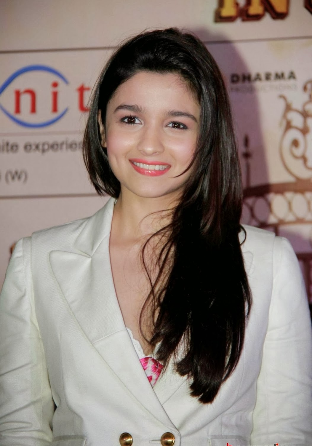 Alia Bhatt Smile Picture