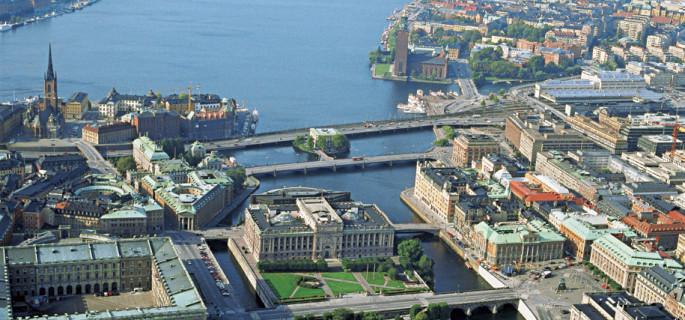 دليلك للعمل في السويد السويد.jpg