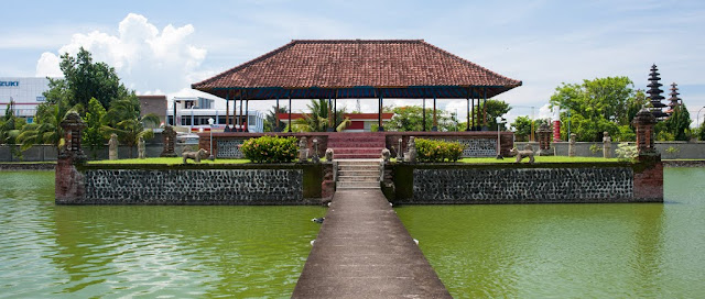 Kham pha Mataram thu phu yen binh cua Lombok