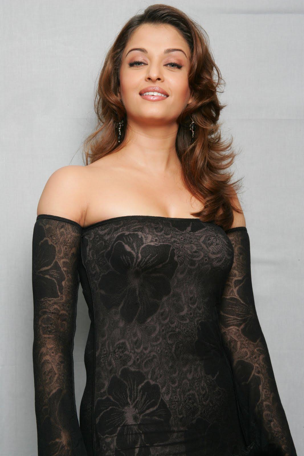 Nude Aishwarya Rai Images 121
