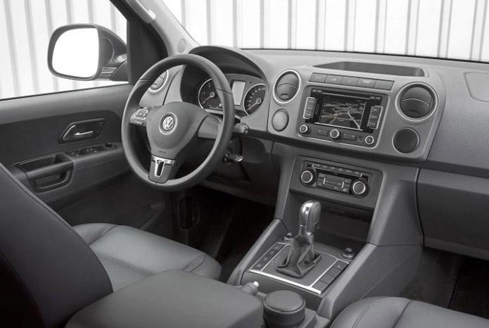 car i Amarok 2013