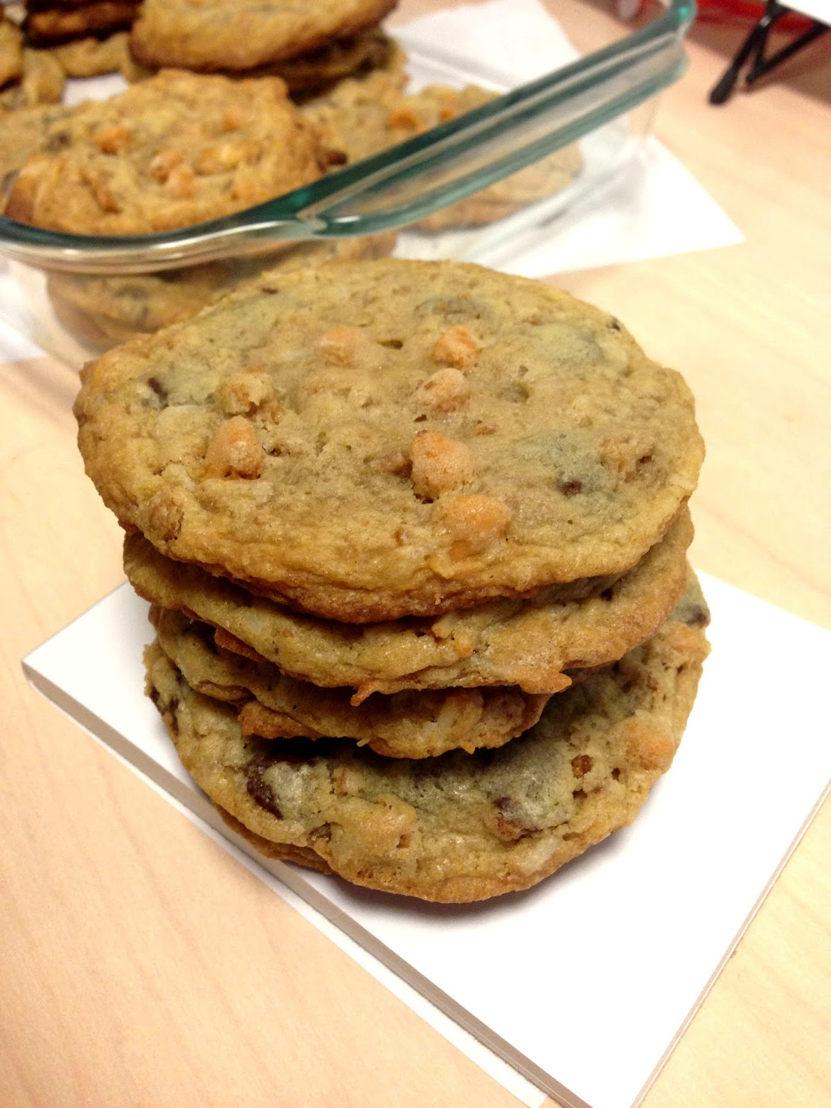 Chronicles of a Foodie: Seven Layer Magic Bar Cookies