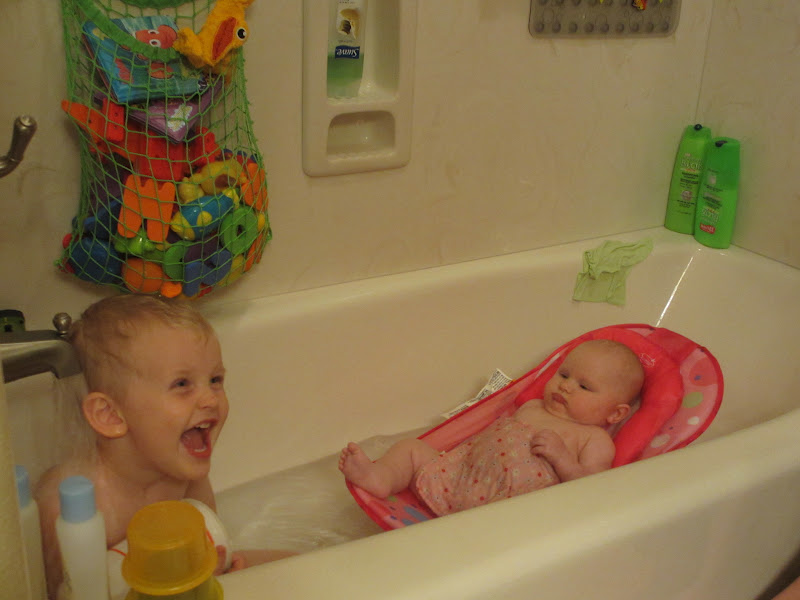 The Shearrer\'s: Bath Time with Big Brother
