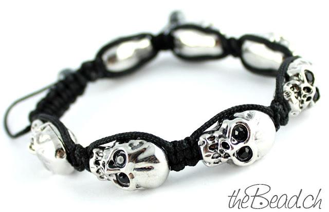 Trend Armband mit Totenköpfen Skulls