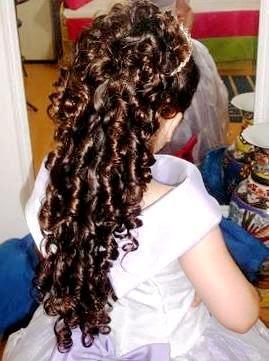 penteados-daminhas-cabelos-cacheados-3