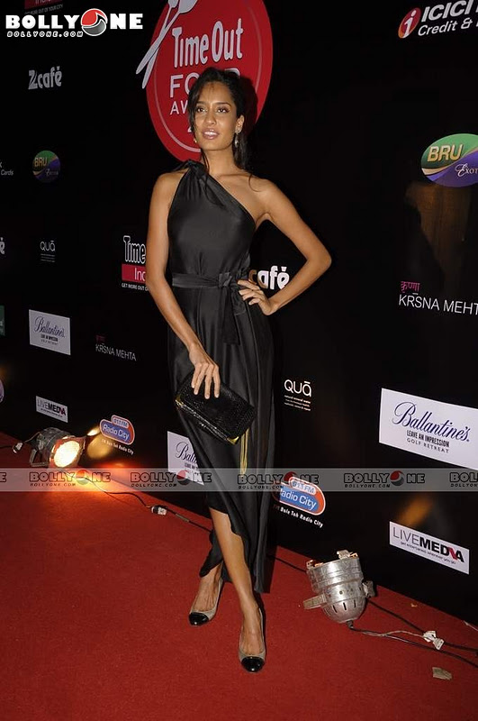 Timeout Food Awards1 - Hot Lisa Haydon, Anushka Manchanda, Kalki at Timeout Food Awards