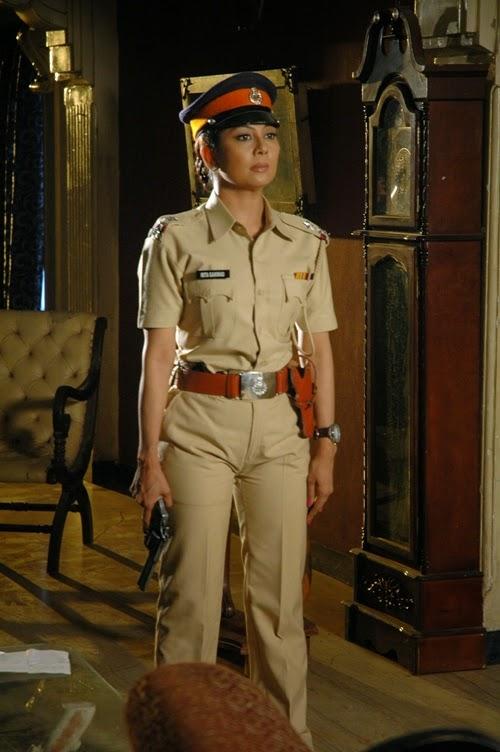 Manini Mishra as Mita Gaikward in Encounter of aspiring actress 'Aashna' on Sony