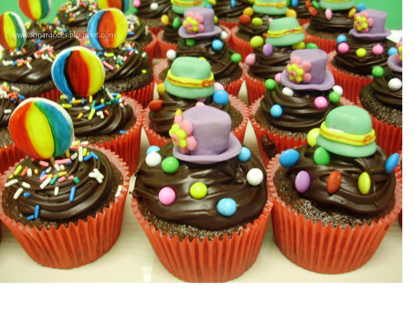 Cupcakes De Chocolate  Recheados   Doce De Leite E Cobertura De