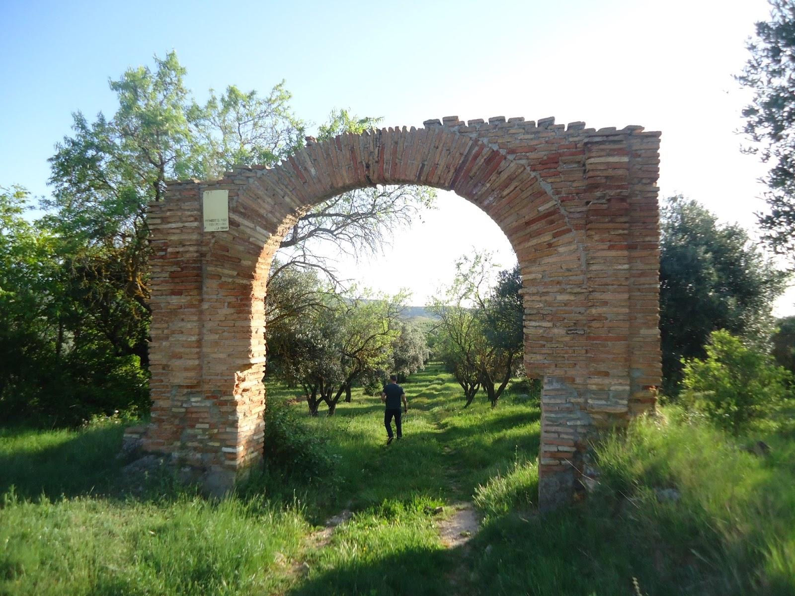 Centro de Estudios Borjanos: El arco de Catil en Bulbuente