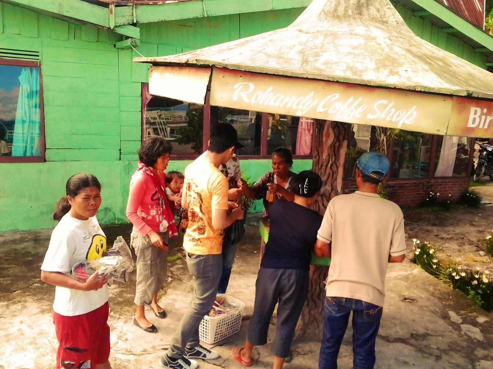Rumah Kaum Batak Boleh muat sehingga 20 orang