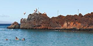 lahaina black rock