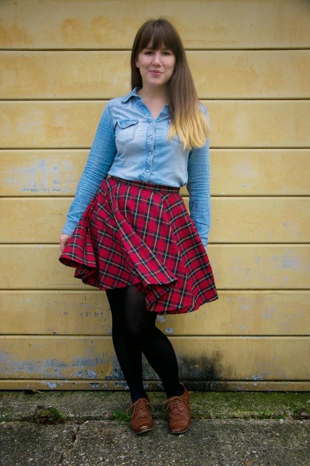 Tartan mini circle skirt mid swoosh