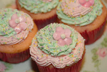 Marie Antoinette Cupcakes