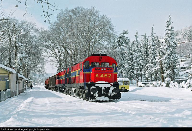 Ο σιδηροδρομικός σταθμός Έδεσσας χιονισμένος