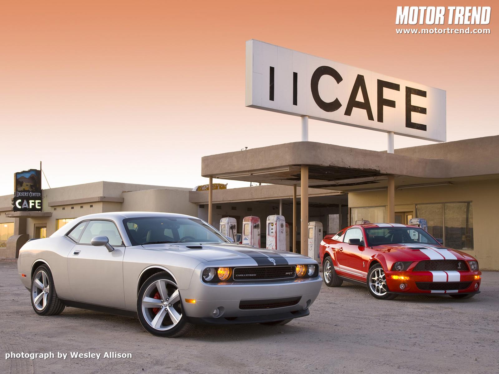 http://3.bp.blogspot.com/-32r1USTgEOk/UEcqL6sMoFI/AAAAAAAASBY/lXPBDz3GQk8/s1600/wallpaper-de-carros-papel-de-parede.jpg
