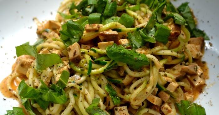 vegetarisch und vegan abnehmen zucchini carbonara vegan und low carb. Black Bedroom Furniture Sets. Home Design Ideas