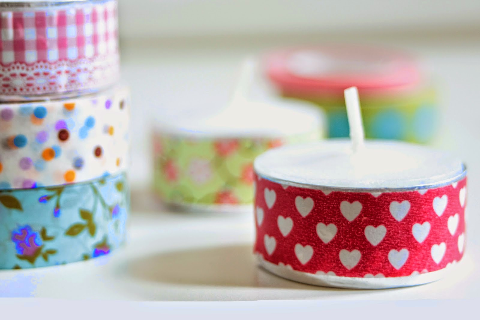 http://www.makoccino.com/2014/07/9-ideas-how-to-use-washi-tape.html