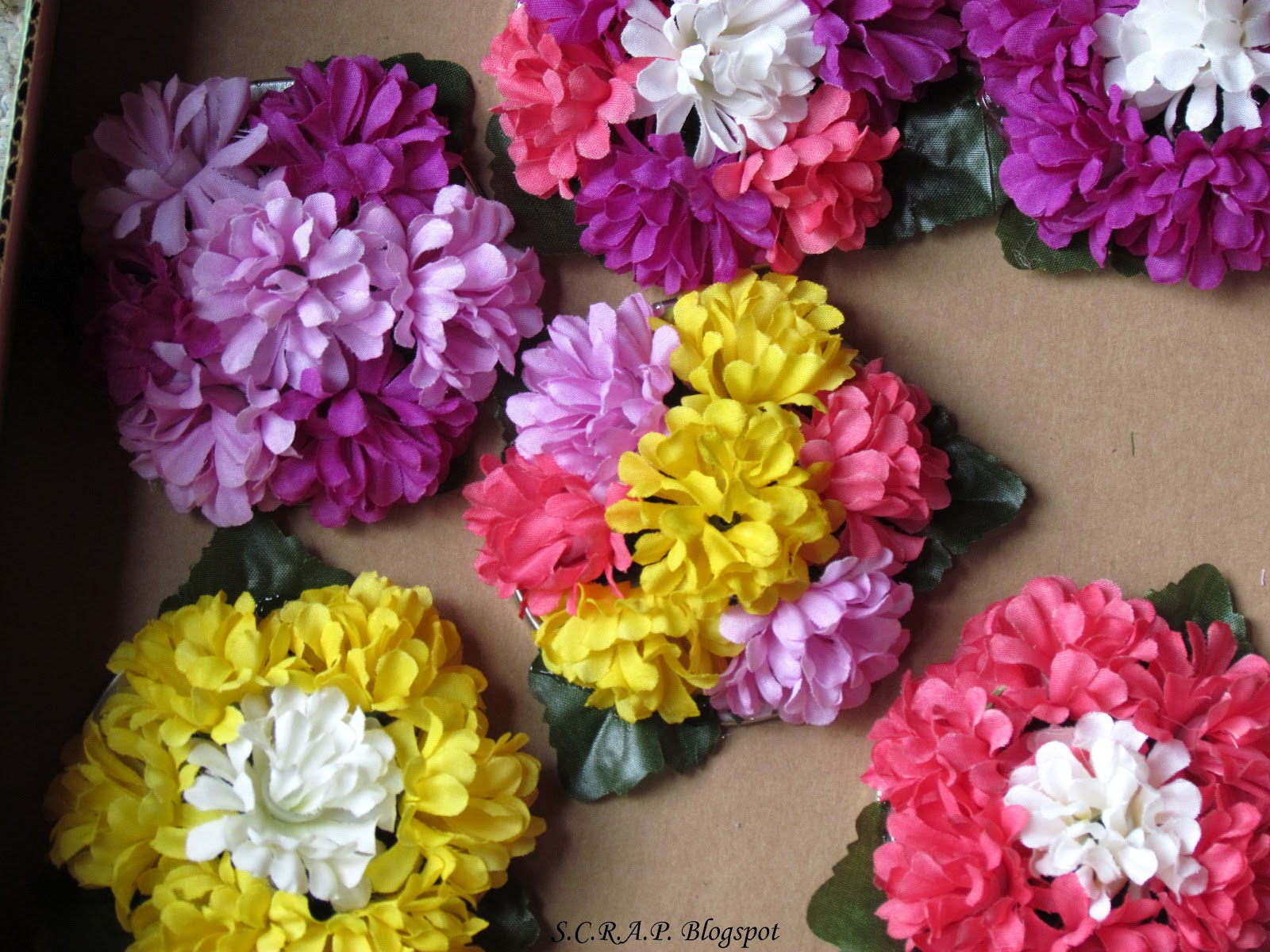 S c r a p scraps creatively reused and recycled art for Recycled flower art