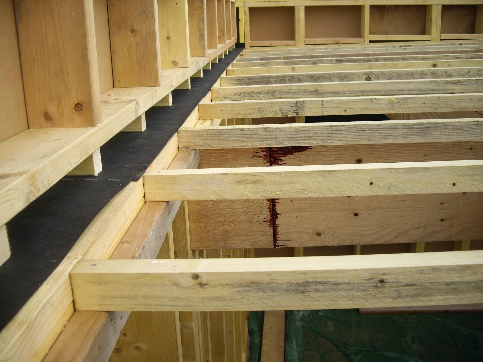 Maison Ossature Bois Autoconstruction : passive / Maison ossature bois (M.O.B.): Toiture plate (maison
