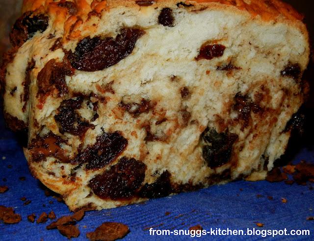 Schokoladen-Pflaumen-Brot