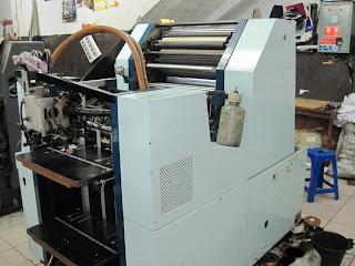 mesin offset printing cetak brosur